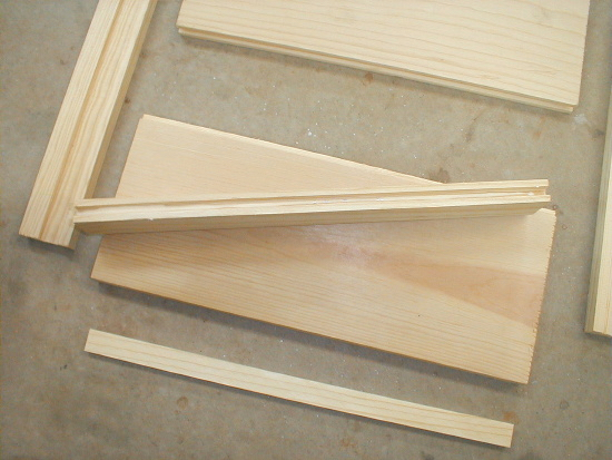 honey bee hive bottom board glueing parts